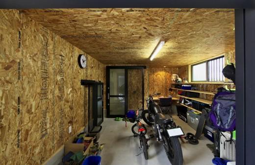 幸田町 バイクガレージのある家