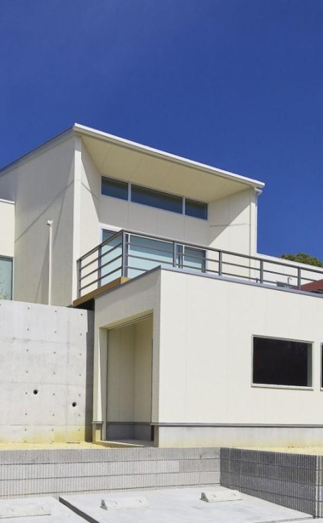 内と外で自然と大空間を感じる家