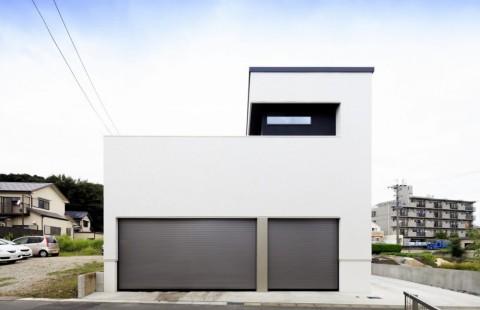 ビルトインガレージがある、スキップフロアの家