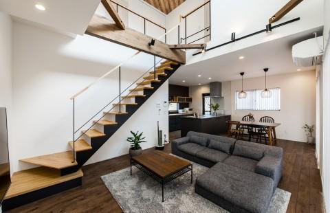 無駄のない動線設計が、豊かな暮らしをデザインする家