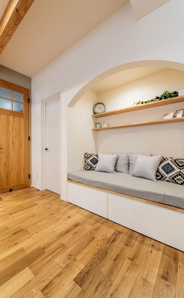 暮らしを楽しむくつろぎ空間「ヌック」のある家