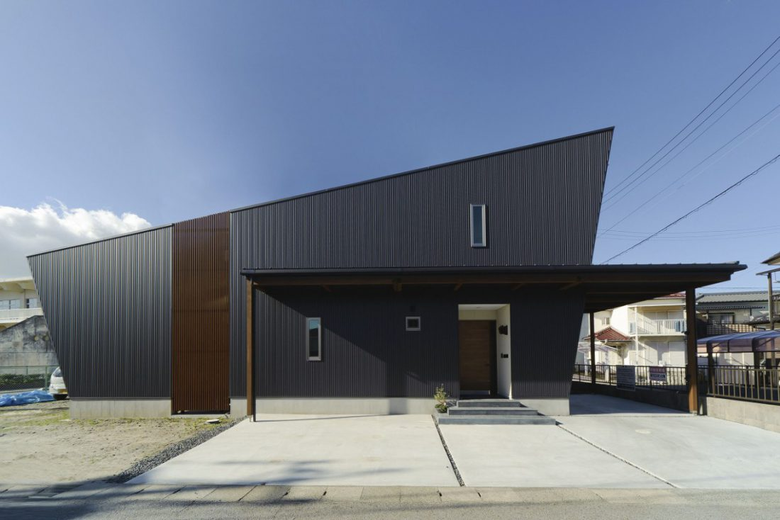 大屋根をデザインする家